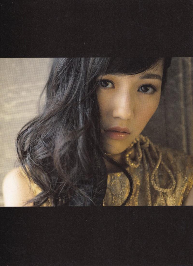 【渡辺麻友お宝画像】突然芸能界引退を発表した元AKBアイドルのグラビア写真 53