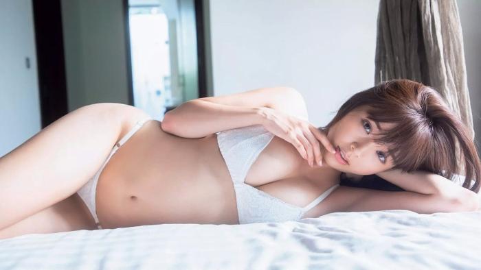 【川村那月グラビア画像】グランプリ受賞のレースクイーンがグラビアでも大活躍!