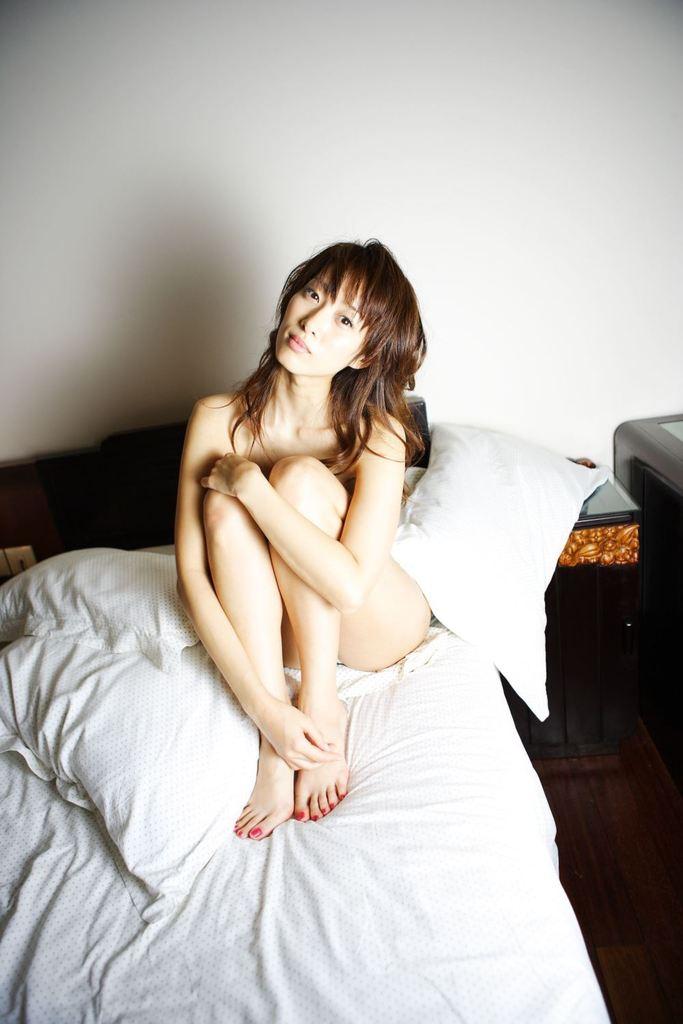【坂下千里子お宝画像】平成初頭に大ブレイクした千里ちゃんの貴重なセミヌード! 71