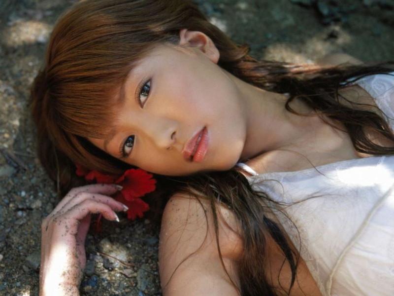【里田まいグラビア画像】北海道で酪農しながらアイドルやってたってマジかwwww 18