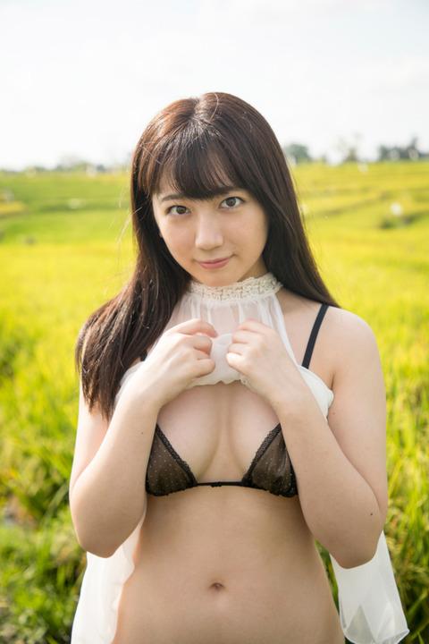 【高橋希来エロ画像】バイトからAKBに入ったFカップ娘がエッチな写真でグラドル転身! 20