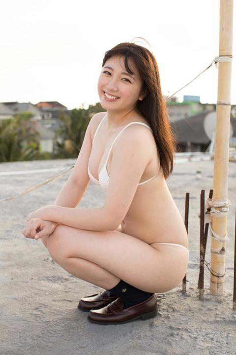 【高橋希来エロ画像】バイトからAKBに入ったFカップ娘がエッチな写真でグラドル転身! 23