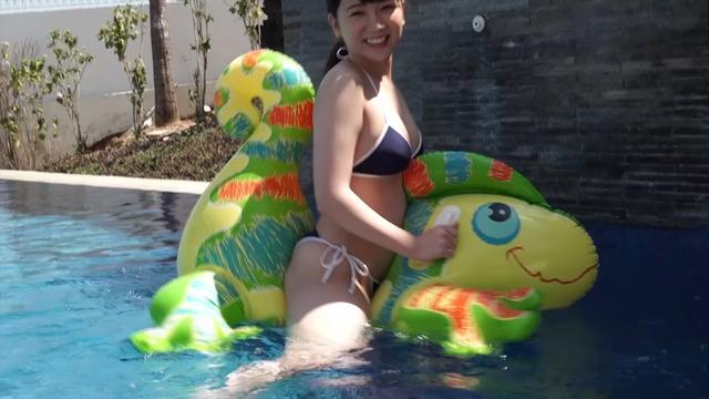 【高橋希来エロ画像】バイトからAKBに入ったFカップ娘がエッチな写真でグラドル転身! 55
