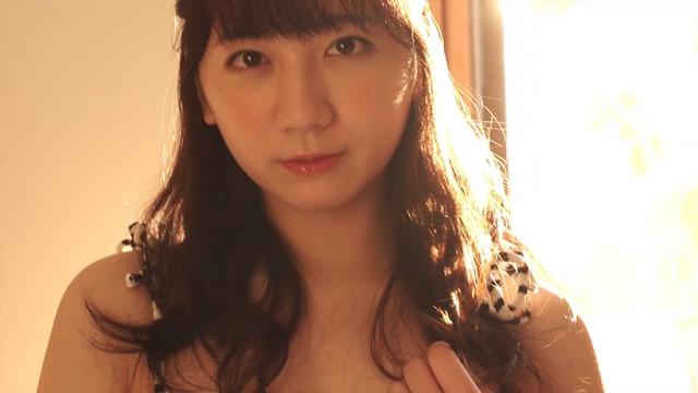 【高橋希来エロ画像】バイトからAKBに入ったFカップ娘がエッチな写真でグラドル転身! 64