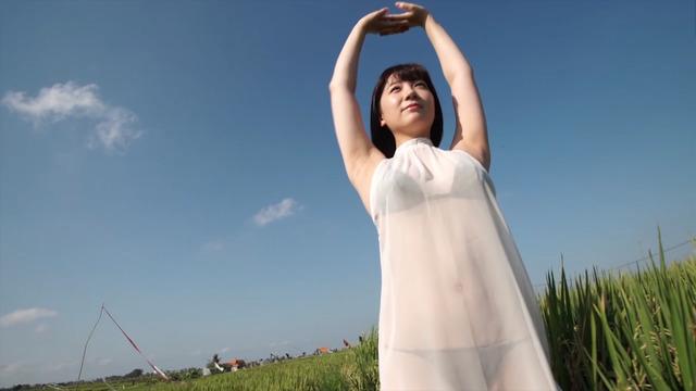 【高橋希来エロ画像】バイトからAKBに入ったFカップ娘がエッチな写真でグラドル転身! 70