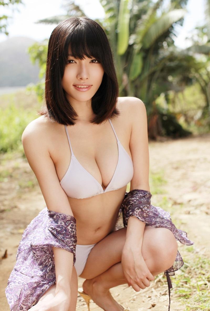 【今野杏南グラビア画像】挑発的な視線と美しいFカップボディがソソる美巨乳美女 73