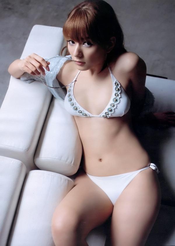 【スザンヌお宝画像】かつてバラエティ番組で引っ張りだこだったおバカ系ハーフ美女 05