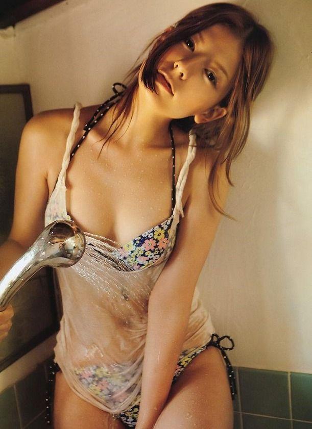 【スザンヌお宝画像】かつてバラエティ番組で引っ張りだこだったおバカ系ハーフ美女 09