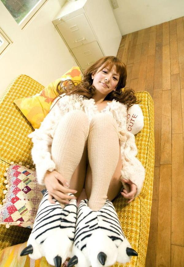 【スザンヌお宝画像】かつてバラエティ番組で引っ張りだこだったおバカ系ハーフ美女 15
