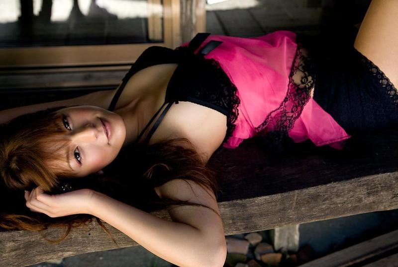 【スザンヌお宝画像】かつてバラエティ番組で引っ張りだこだったおバカ系ハーフ美女 95