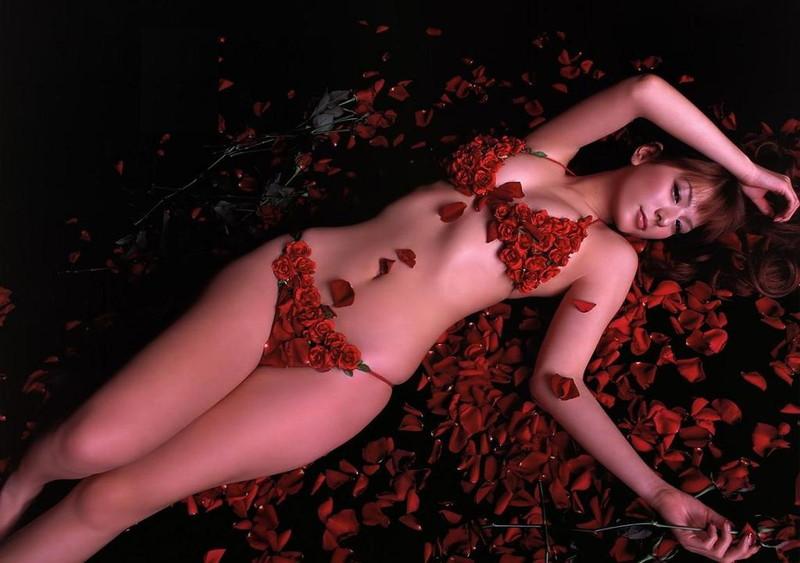 【スザンヌお宝画像】かつてバラエティ番組で引っ張りだこだったおバカ系ハーフ美女 98