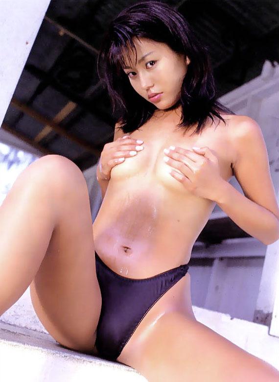 【須之内美帆子グラビア画像】昔の深夜番組でワンギャルやってたRQのお宝エロ画像 50