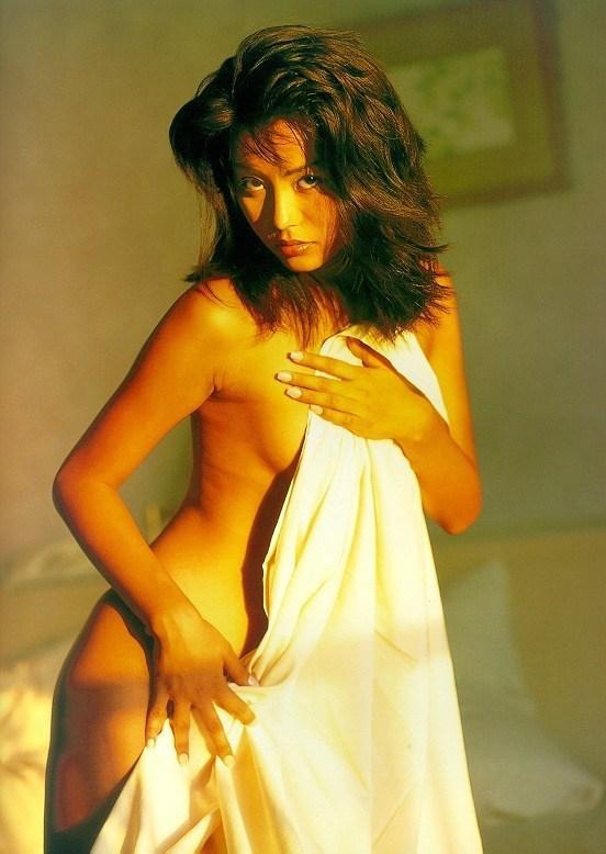 【須之内美帆子グラビア画像】昔の深夜番組でワンギャルやってたRQのお宝エロ画像 69