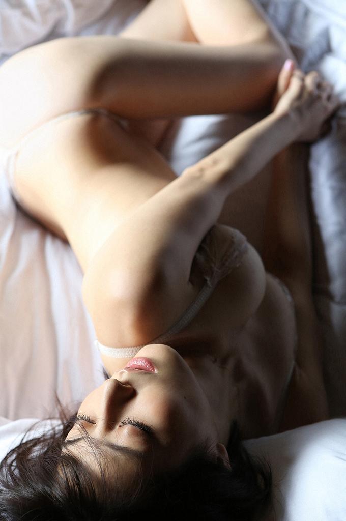 【杉本有美グラビア画像】ファッションモデルの美しすぎるランジェリー姿 11