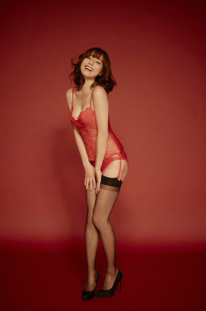 【杉本有美グラビア画像】ファッションモデルの美しすぎるランジェリー姿 34