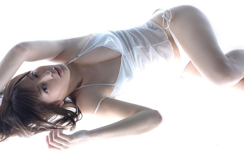 【杉本有美グラビア画像】ファッションモデルの美しすぎるランジェリー姿 72
