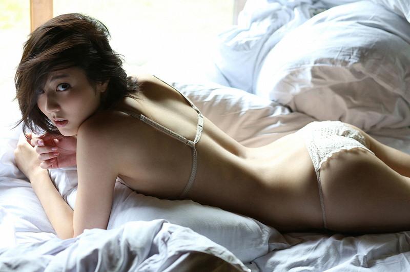 【杉本有美グラビア画像】ファッションモデルの美しすぎるランジェリー姿 76