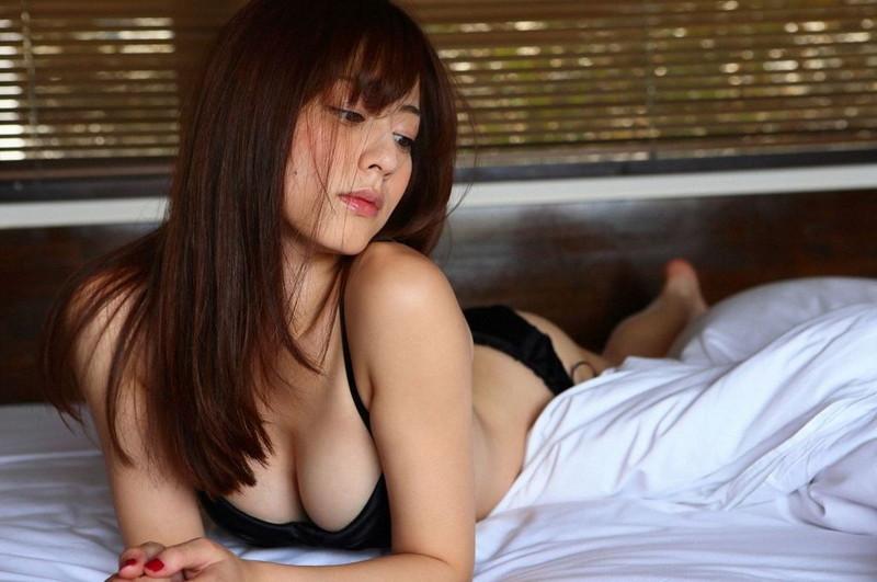 【杉本有美グラビア画像】ファッションモデルの美しすぎるランジェリー姿 79