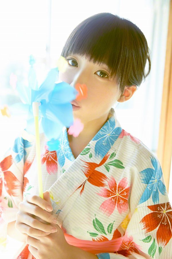 【椎名ひかりグラビア画像】これほどツインテールが似合う童顔美少女が他におる? 70
