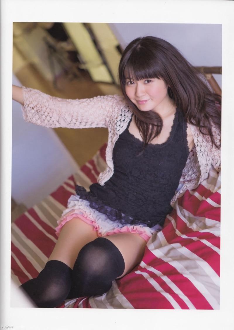 【いいニーハイの日】グラドル美女がニーハイを穿いて撮った自撮りやグラビア画像 28