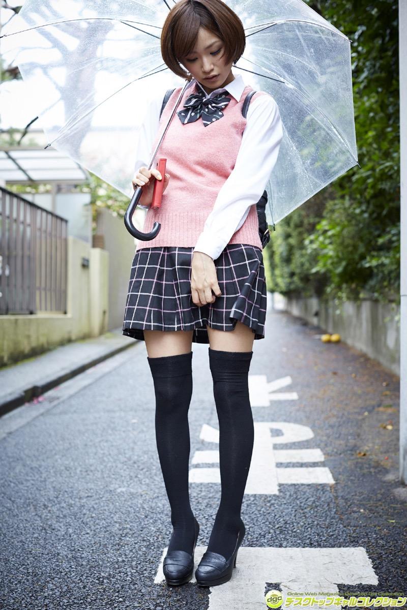 【いいニーハイの日】グラドル美女がニーハイを穿いて撮った自撮りやグラビア画像 42