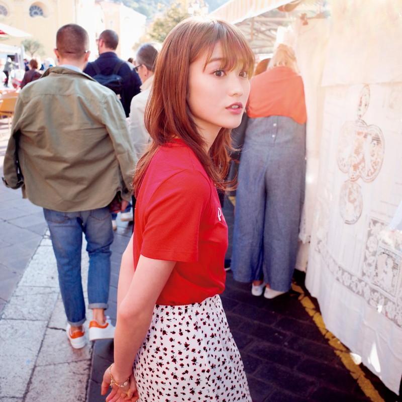 【守屋茜エロ画像】欅坂46の現役美少女アイドルがみせる可愛い笑顔とエッチな谷間 20