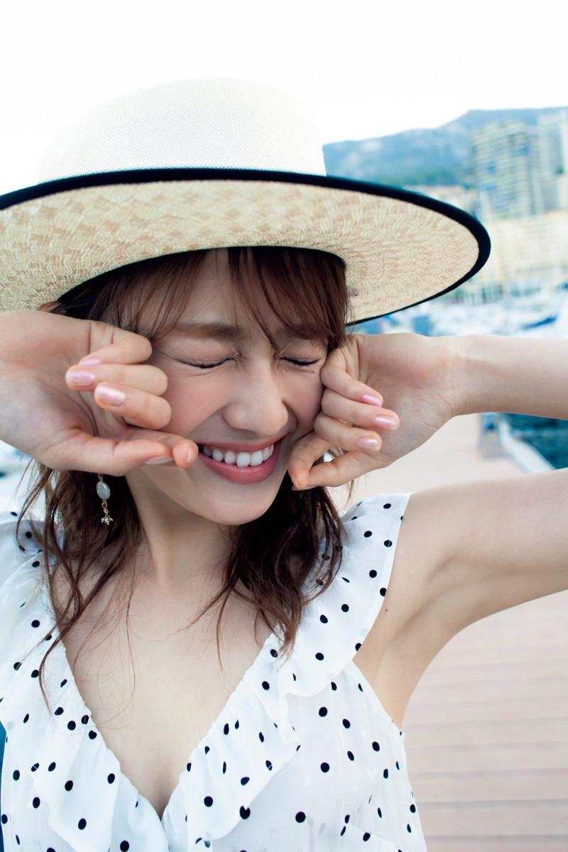 【守屋茜エロ画像】欅坂46の現役美少女アイドルがみせる可愛い笑顔とエッチな谷間 22