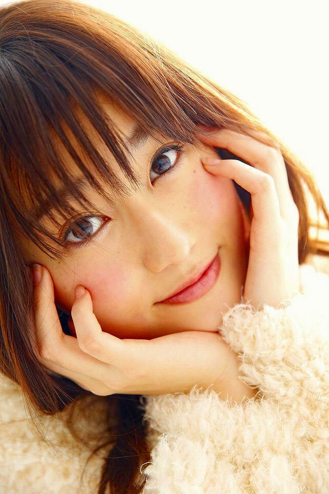 【守屋茜エロ画像】欅坂46の現役美少女アイドルがみせる可愛い笑顔とエッチな谷間 28