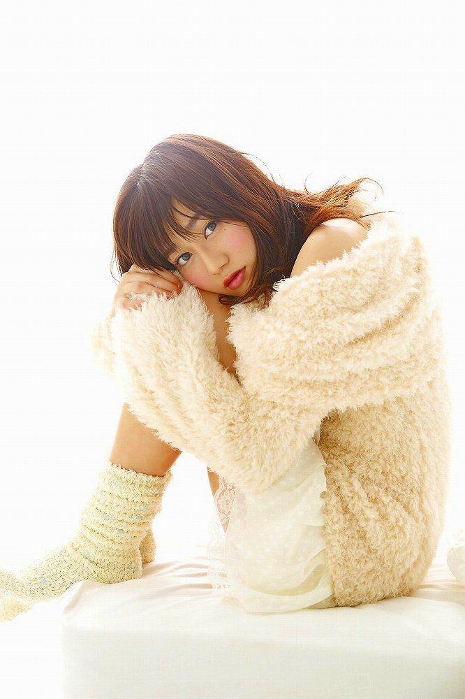 【守屋茜エロ画像】欅坂46の現役美少女アイドルがみせる可愛い笑顔とエッチな谷間 29