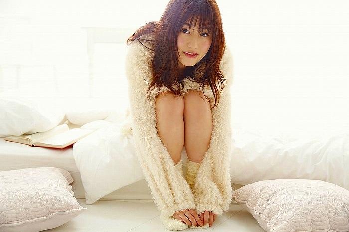 【守屋茜エロ画像】欅坂46の現役美少女アイドルがみせる可愛い笑顔とエッチな谷間 30