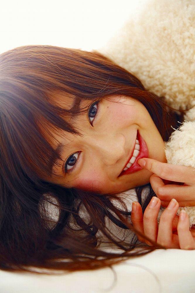 【守屋茜エロ画像】欅坂46の現役美少女アイドルがみせる可愛い笑顔とエッチな谷間 39