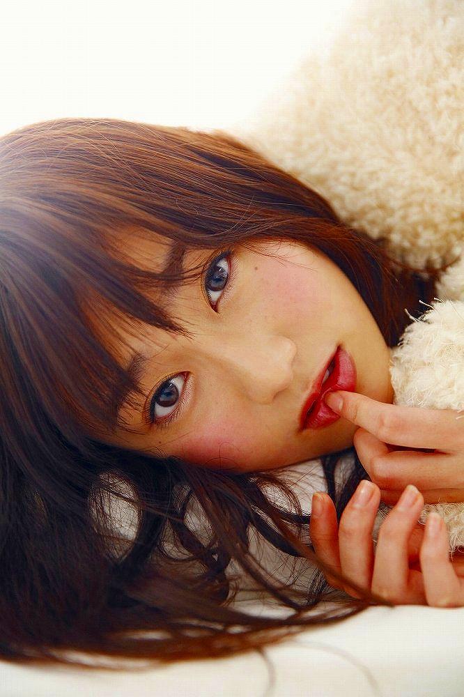 【守屋茜エロ画像】欅坂46の現役美少女アイドルがみせる可愛い笑顔とエッチな谷間 42