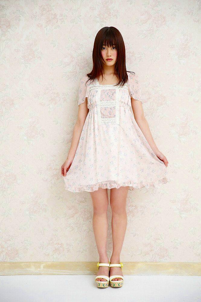 【守屋茜エロ画像】欅坂46の現役美少女アイドルがみせる可愛い笑顔とエッチな谷間 44