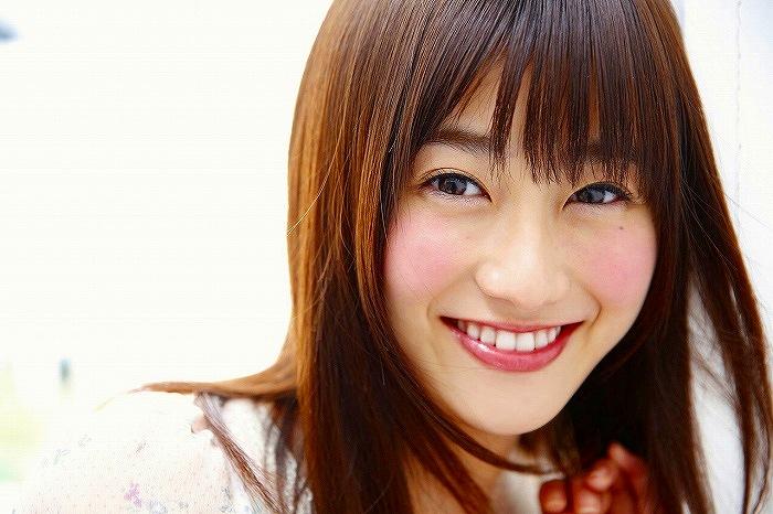 【守屋茜エロ画像】欅坂46の現役美少女アイドルがみせる可愛い笑顔とエッチな谷間 51