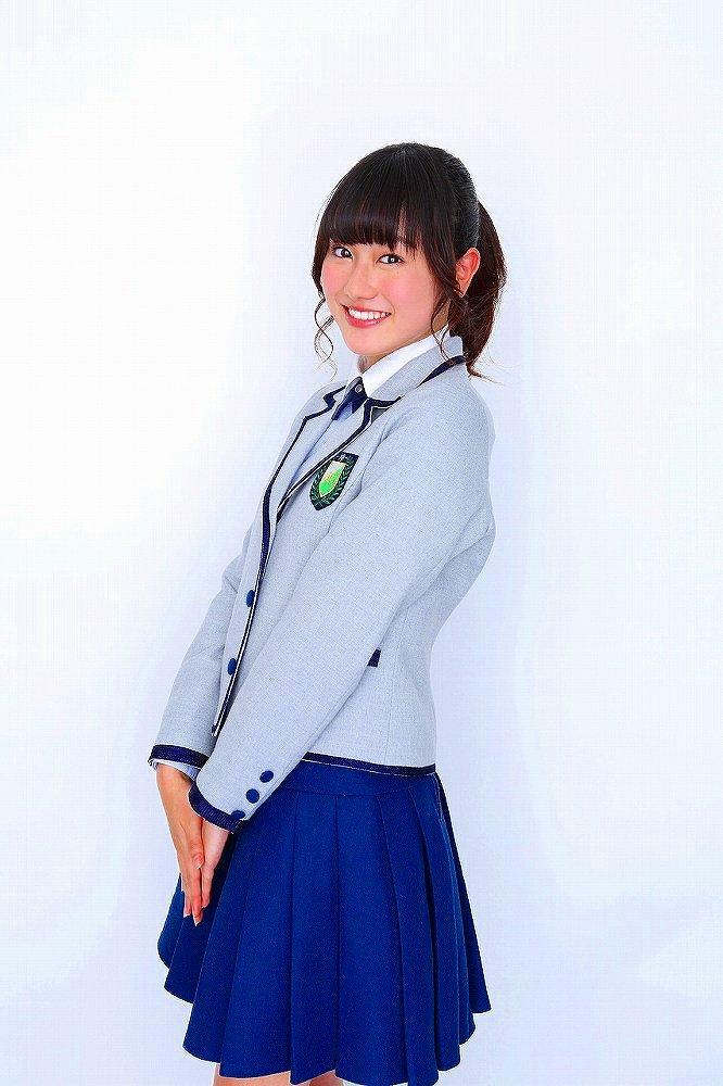 【守屋茜エロ画像】欅坂46の現役美少女アイドルがみせる可愛い笑顔とエッチな谷間 60