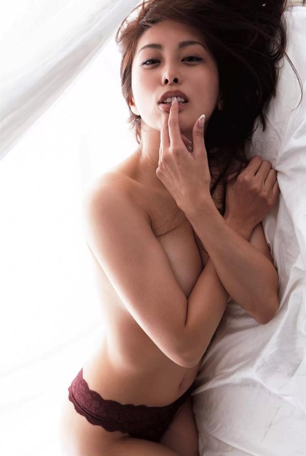 【熊切あさ美エロ画像】かつての崖っぷちアイドルが美熟女グラドルになって復活!? 14