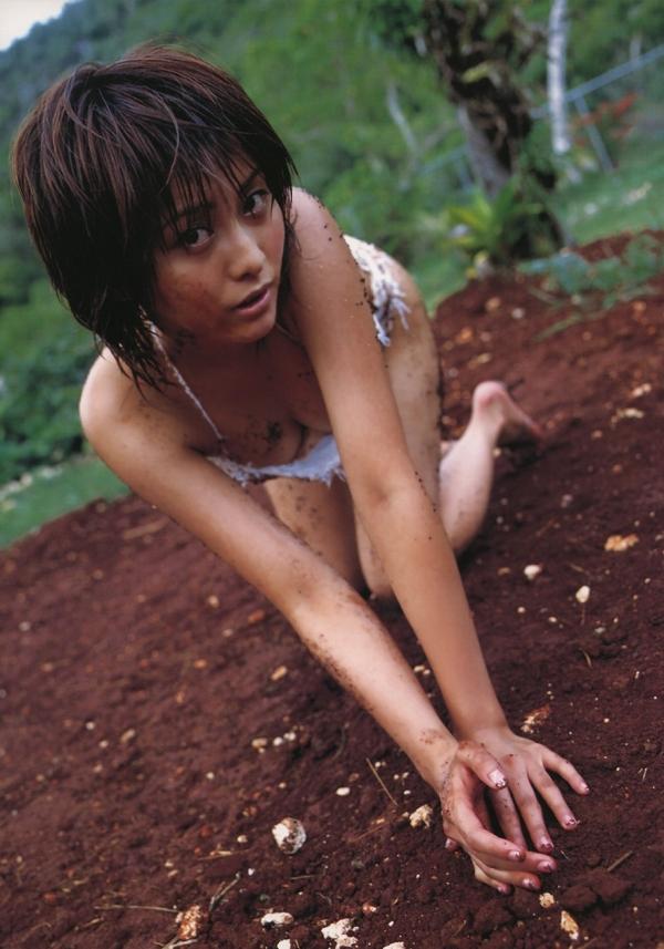 【熊切あさ美エロ画像】かつての崖っぷちアイドルが美熟女グラドルになって復活!? 33