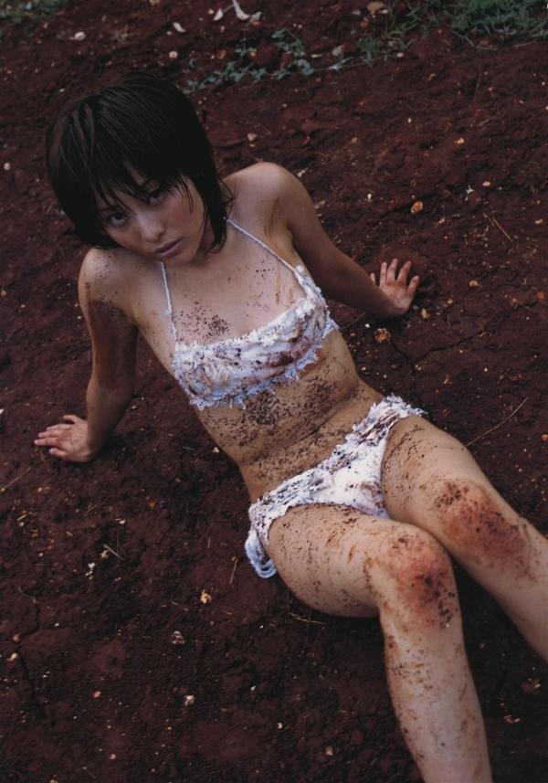 【熊切あさ美エロ画像】かつての崖っぷちアイドルが美熟女グラドルになって復活!? 34