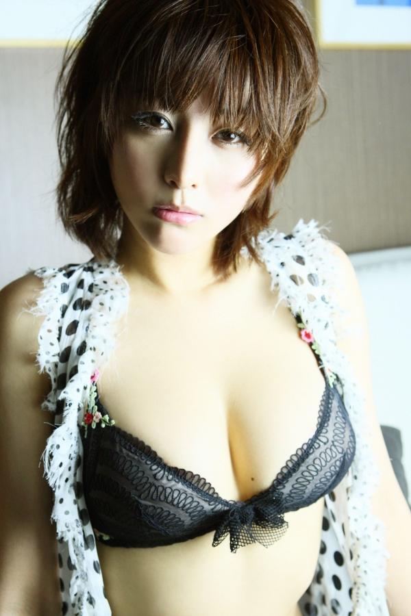 【熊切あさ美エロ画像】かつての崖っぷちアイドルが美熟女グラドルになって復活!? 40
