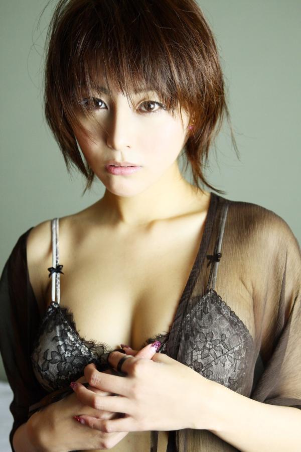 【熊切あさ美エロ画像】かつての崖っぷちアイドルが美熟女グラドルになって復活!? 60