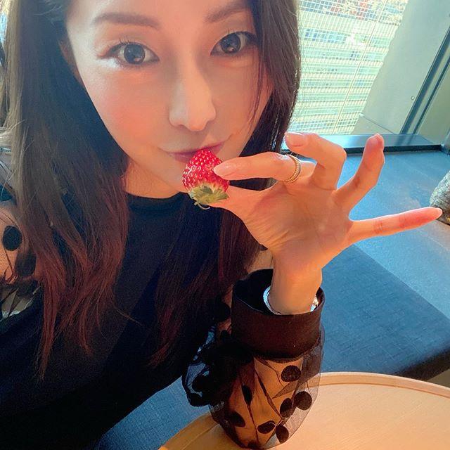 【熊切あさ美エロ画像】かつての崖っぷちアイドルが美熟女グラドルになって復活!? 65