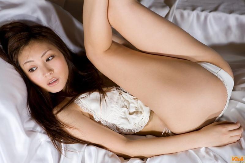 【辰巳奈都子グラビア画像】グラドルを卒業してたった2年で復帰してきたセレブ美熟女 12
