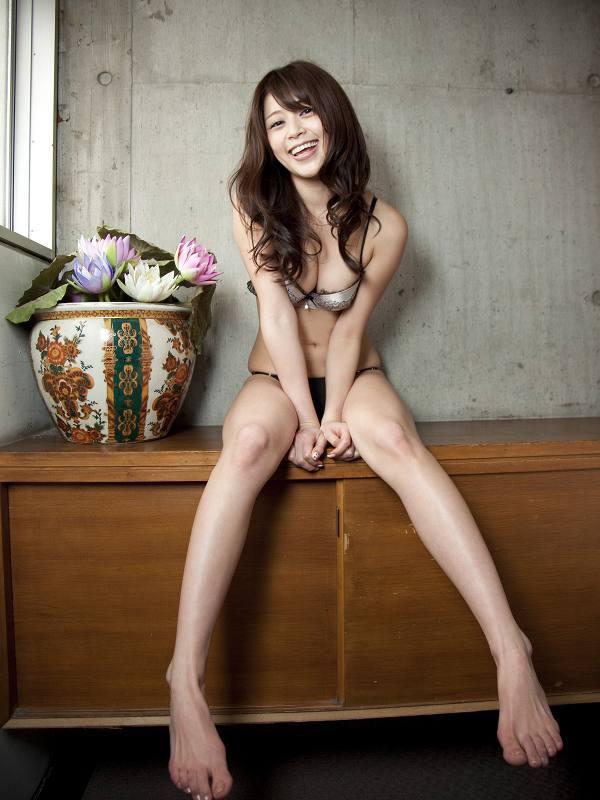 【高橋亜由美グラビア画像】Fカップ巨乳とキレイなお尻がエロいグラドル美女 60