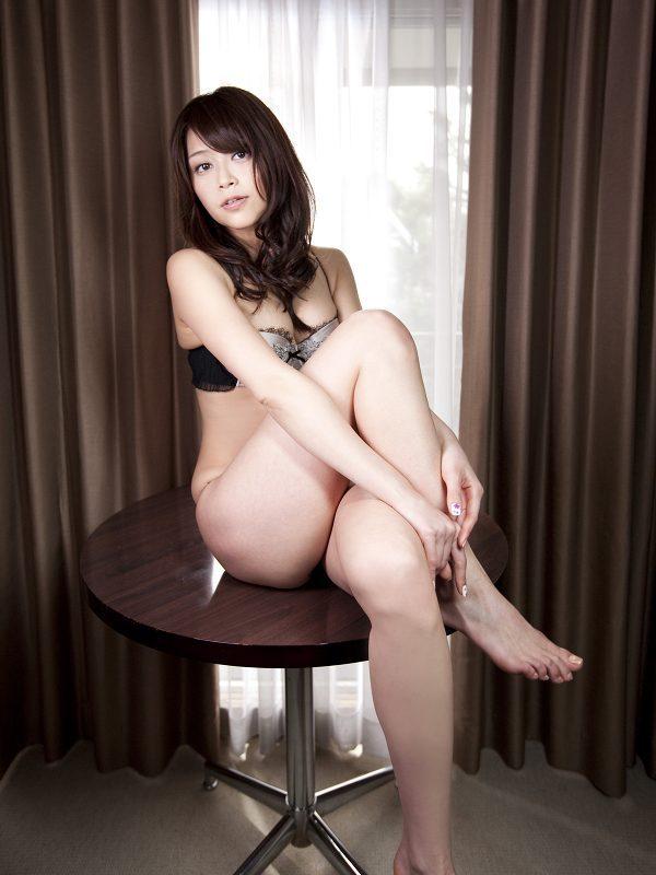 【高橋亜由美グラビア画像】Fカップ巨乳とキレイなお尻がエロいグラドル美女 61