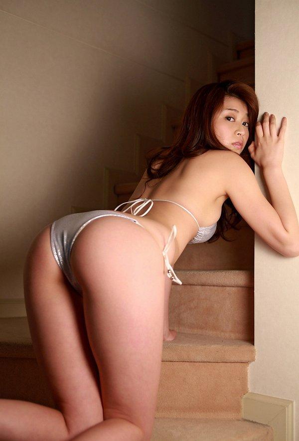 【高橋亜由美グラビア画像】Fカップ巨乳とキレイなお尻がエロいグラドル美女 77