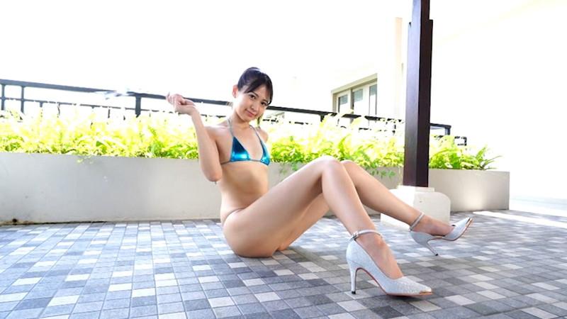 【相田美優キャプ画像】スタイル抜群なスレンダーボディに長い美脚がキレイでエロい! 05