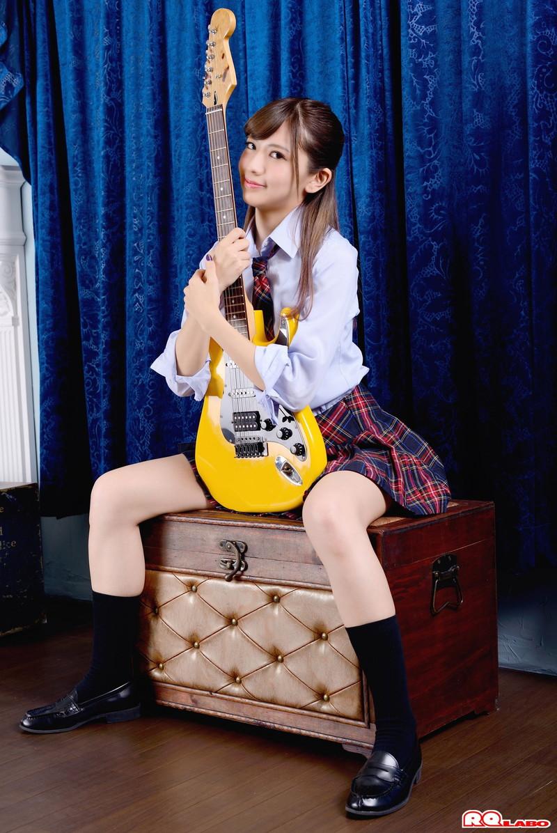 【相田美優キャプ画像】スタイル抜群なスレンダーボディに長い美脚がキレイでエロい! 66