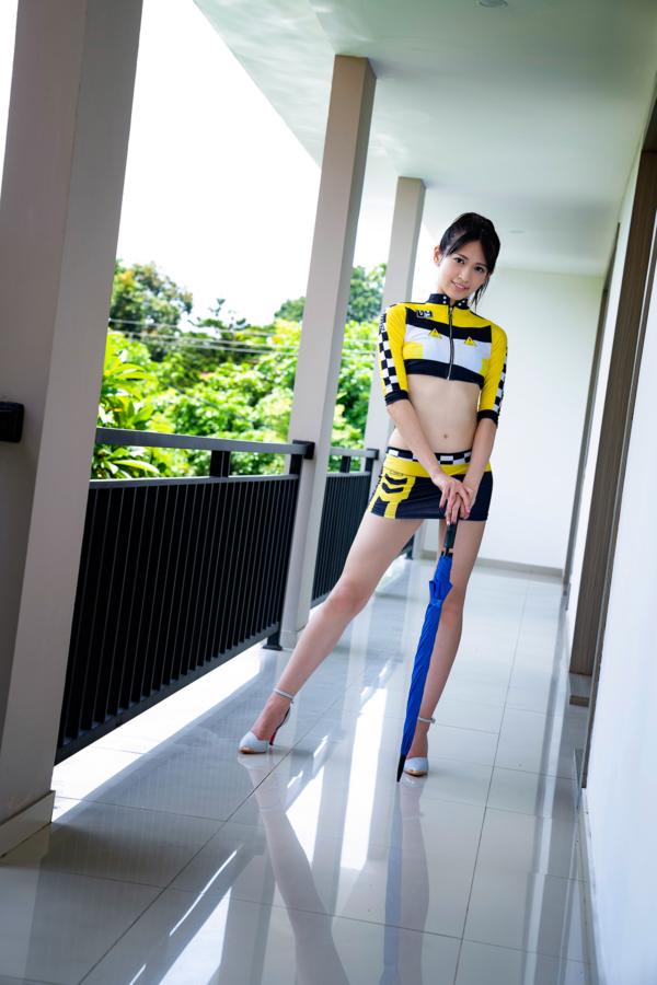【相田美優キャプ画像】スタイル抜群なスレンダーボディに長い美脚がキレイでエロい! 73