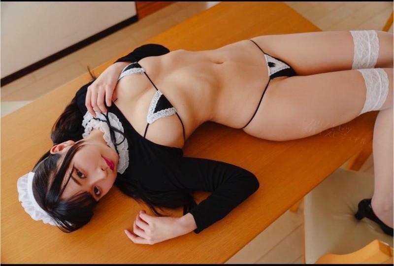 【橋本ひかりエロ画像】日本一脱げる法学部グラドルとかいう現役女子大生wwww