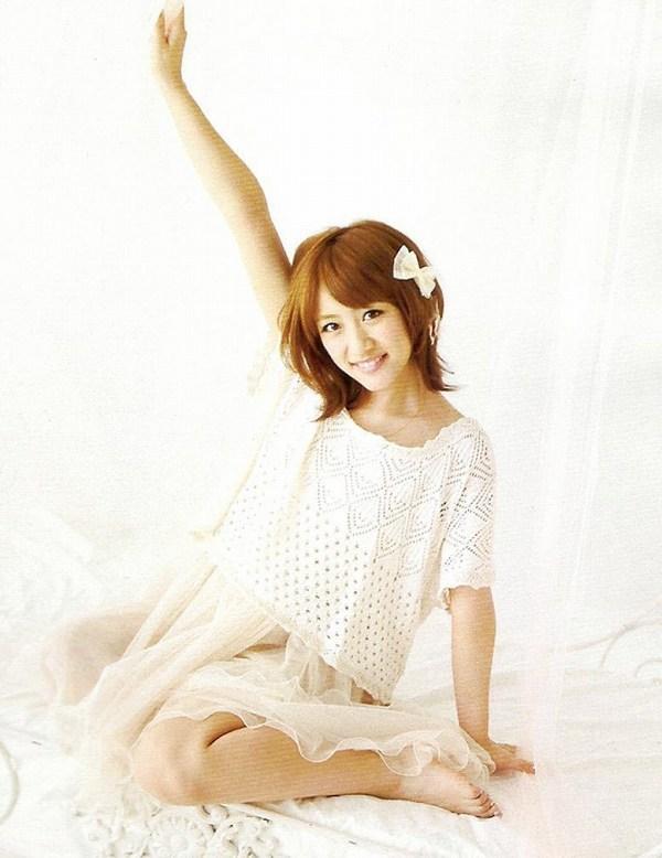【高橋みなみお宝画像】元AKB48アイドルが現役だった頃の可愛らしいグラビアの数々 03